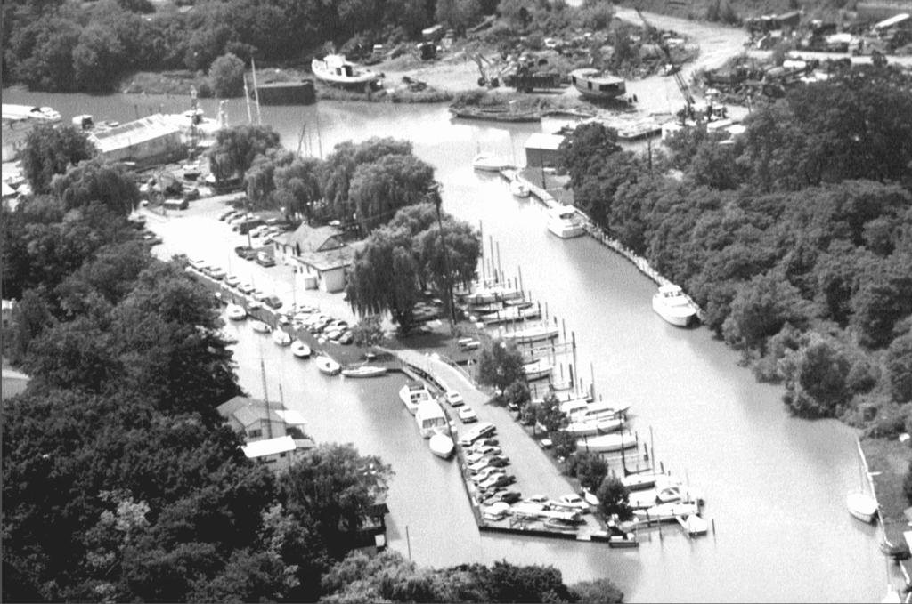 yacht club 1980